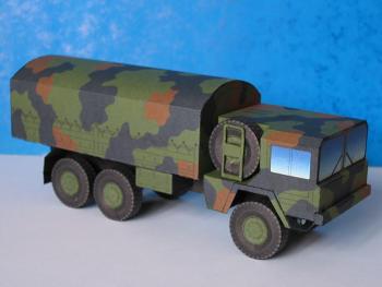 Papercraft imprimible y recortable del camión militar MAN 7t mil gl 6x6. Manualidades a Raudales.